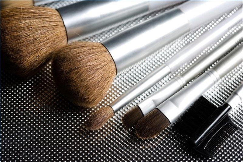 makeup-brushes-featured-image