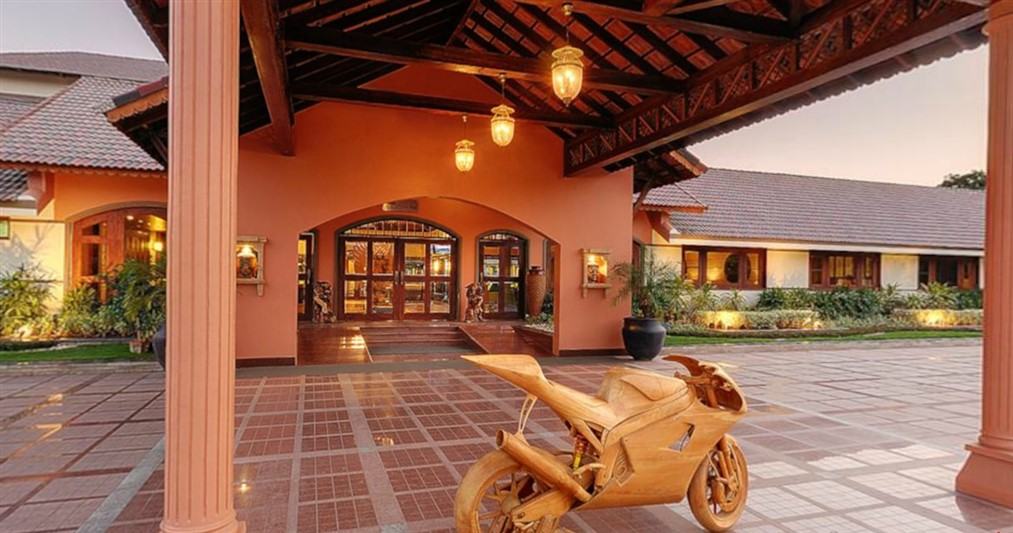 Entrance_madhuban-spa-and-resort