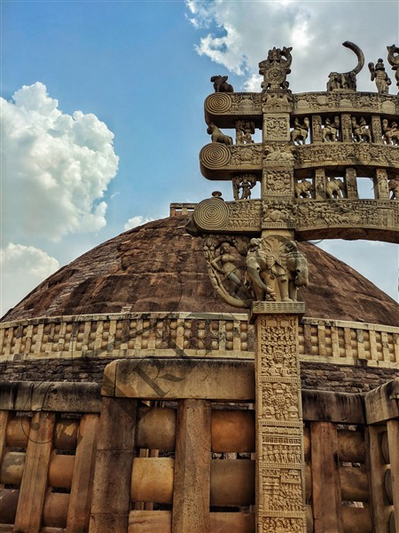 Sanchi-Stupa-Close