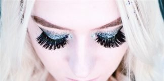 applying-false-lashes